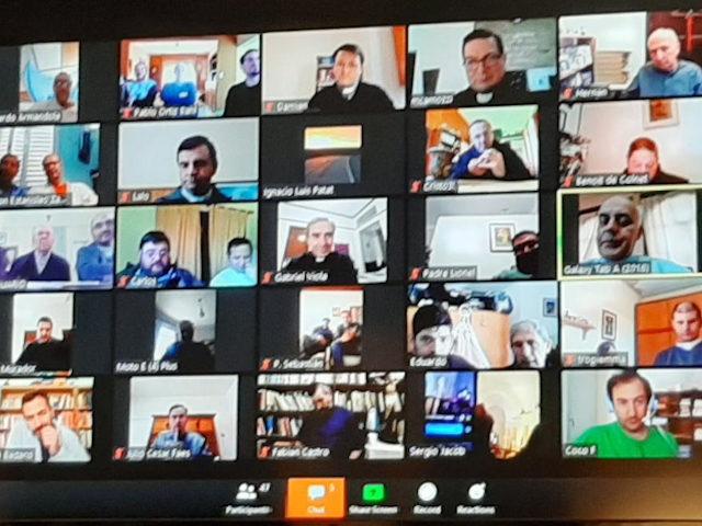 Reunión de Clero a través de Zoom