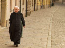 sacerdote y celibato